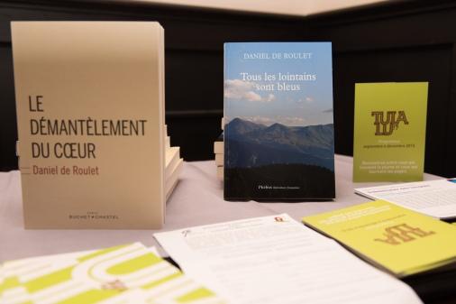 Les deux derniers ouvrages de Daniel de Roulet © Sandra Hildebrandt